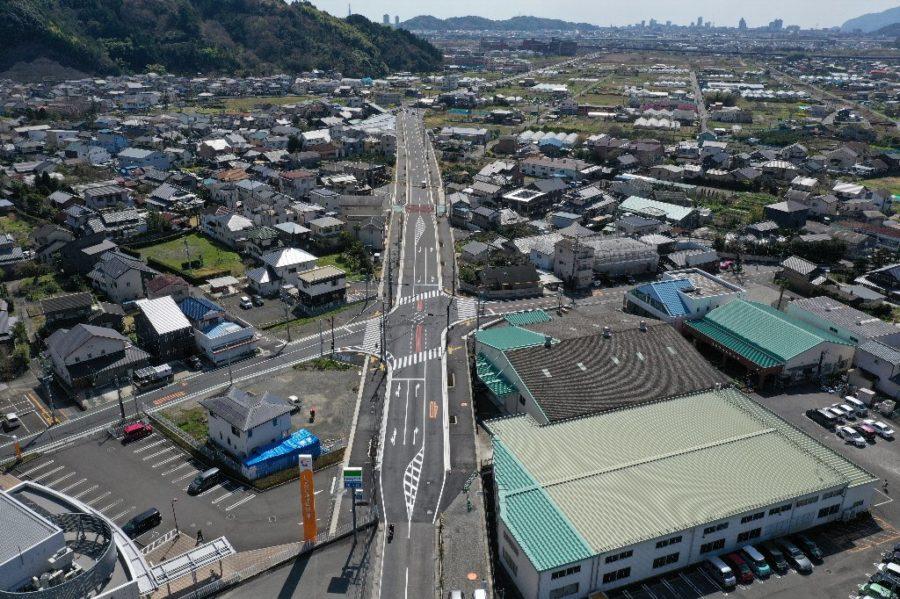 H30年度あさはた線街路築造工事が竣工しました。