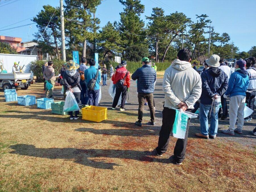 大浜海岸の清掃活動