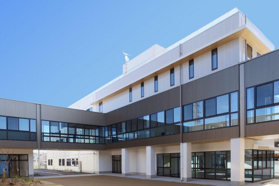 (仮称)職業能力開発短期大学校が完成しました。 。