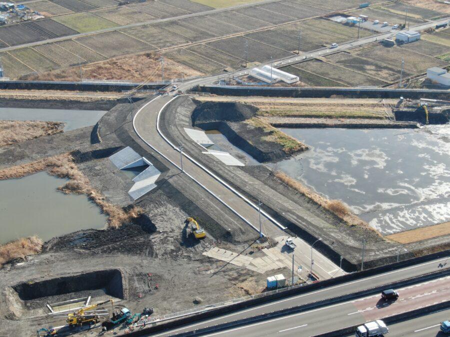 令和元年度二級河川巴川総合治水対策事業工事が完成しました。